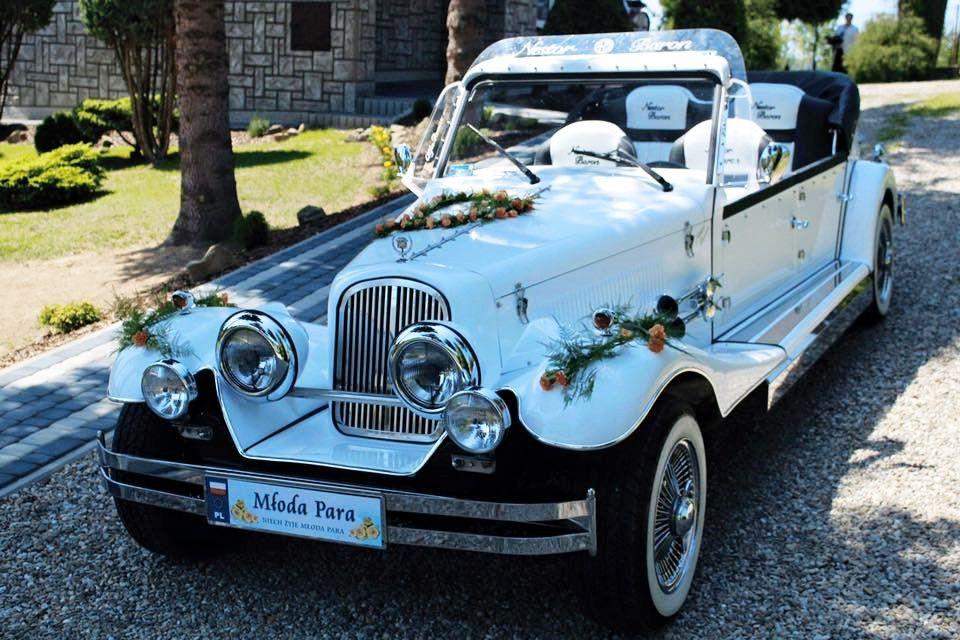 Bardzo dobryFantastyczny Kabriolet Nestor Baron do ślubu Samochody zabytkowe do wynajęcia SE16