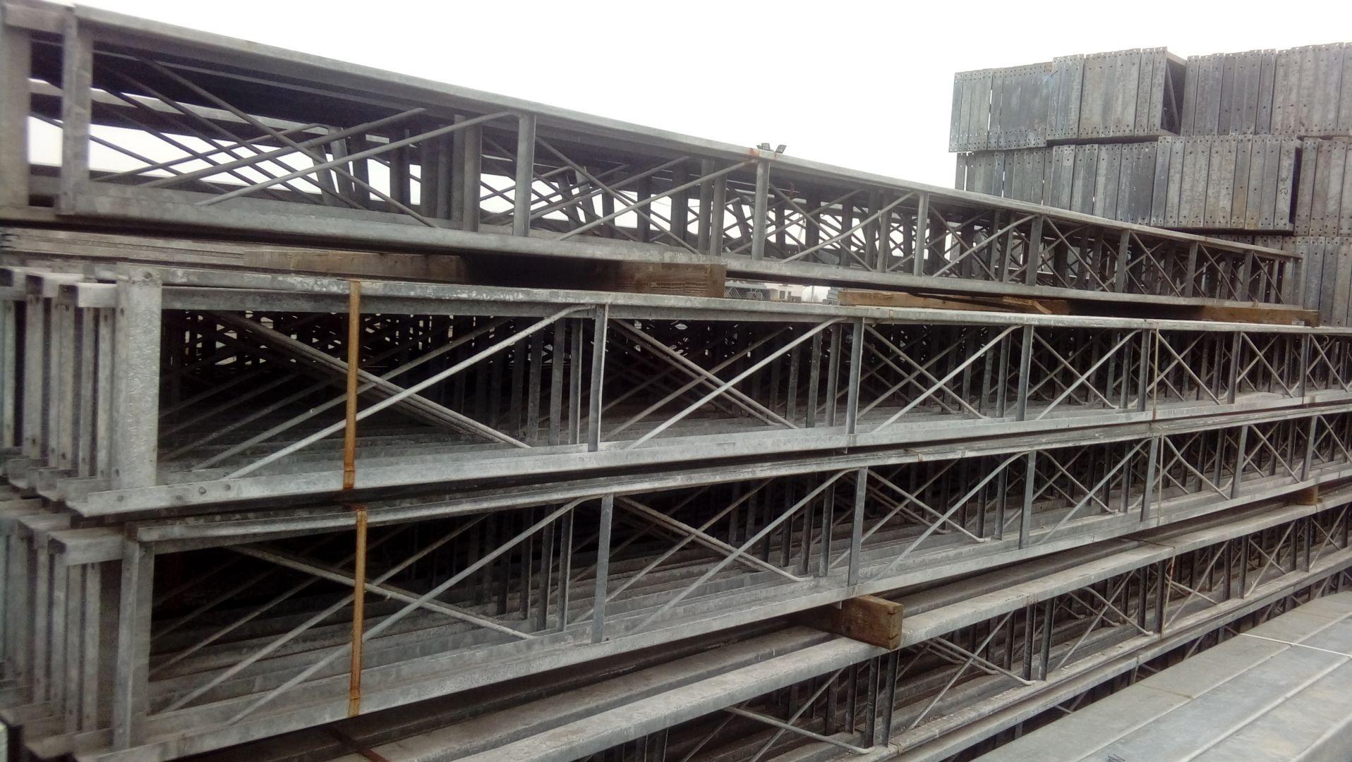 Modernistyczne Kratownica dachowa 6,32 m. konstrukcja stalowa hala wiata magazyn ZP54